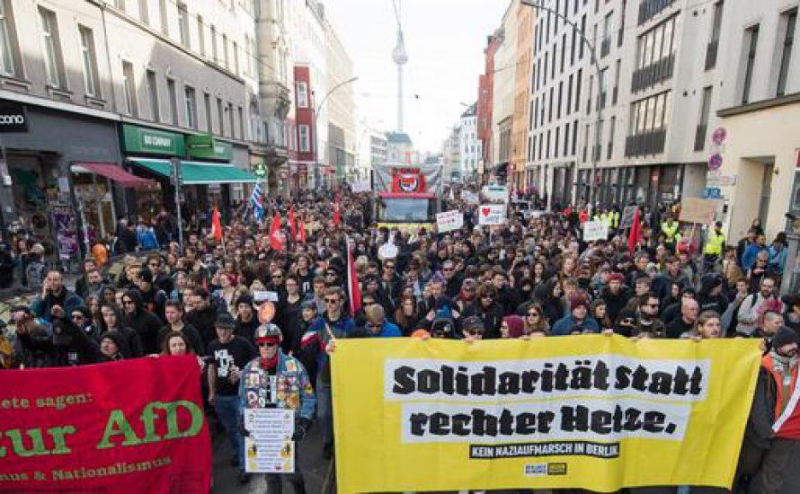 Antifa-Demo in Berlin: Solidarität schlägt rechte Hetze [mit Video]