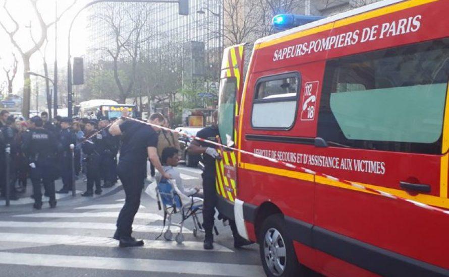 Paris: Student ringt nach brutaler Räumung der Tolbiac-Uni mit dem Tod [mit Video]