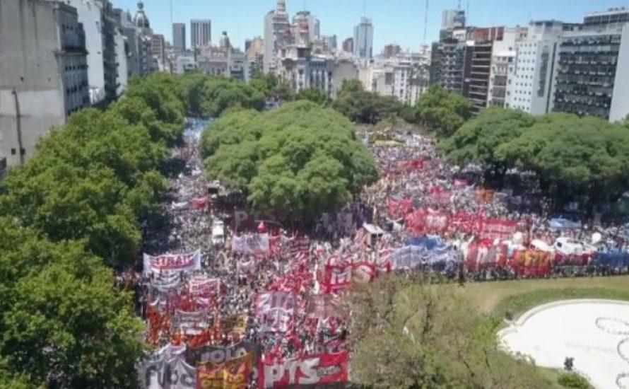 Argentinien: Lasst uns den IWF, Macri und die Gouverneure besiegen! Die Großkapitalist*innen sollen für die Krise zahlen!
