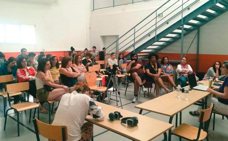 """Strategische Debatten mit dem """"Feminismus für die 99%"""" in Südfrankreich"""
