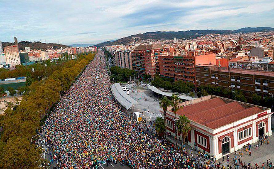 [Video] Massiver Generalstreik: 2,5 Millionen auf den Straßen Kataloniens