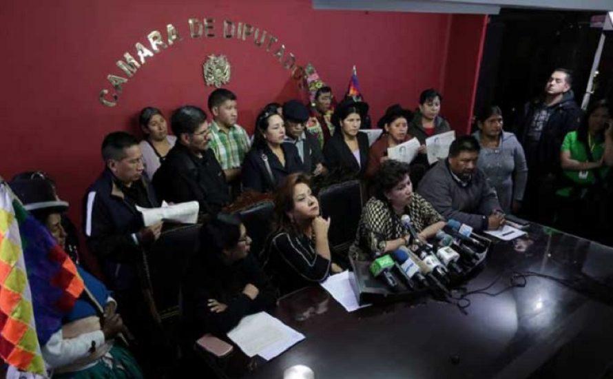 Bolivien: Abgeordnete der MAS akzeptieren Wahlen mit Áñez und den Putschisten