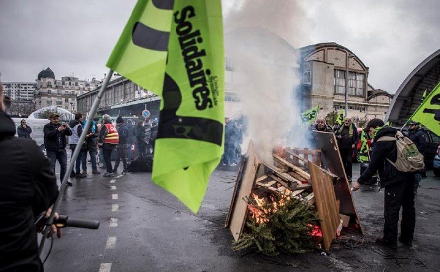 Macron in Schwierigkeiten: Seit einem Monat Streik im Transportsektor in Frankreich