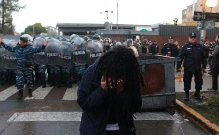 Solidarität mit den Arbeiter*innen von PepsiCo, die heute brutal von der Polizei angegriffen wurden!