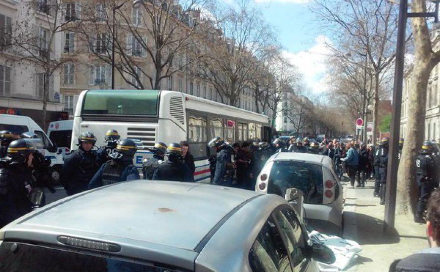 130 protestierende Schüler*innen in Paris festgenommen!