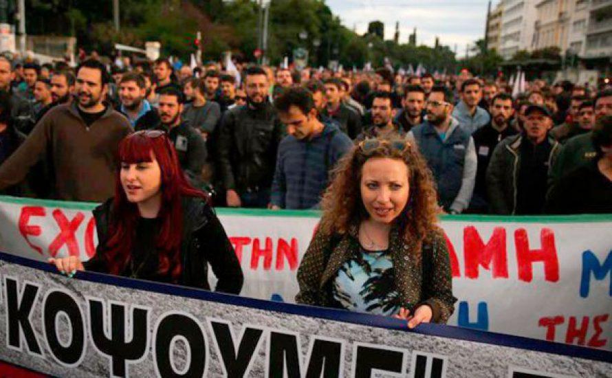 Griechische Regierung beschließt Steuererhöhung, automatische Kürzungen und Privatisierungen
