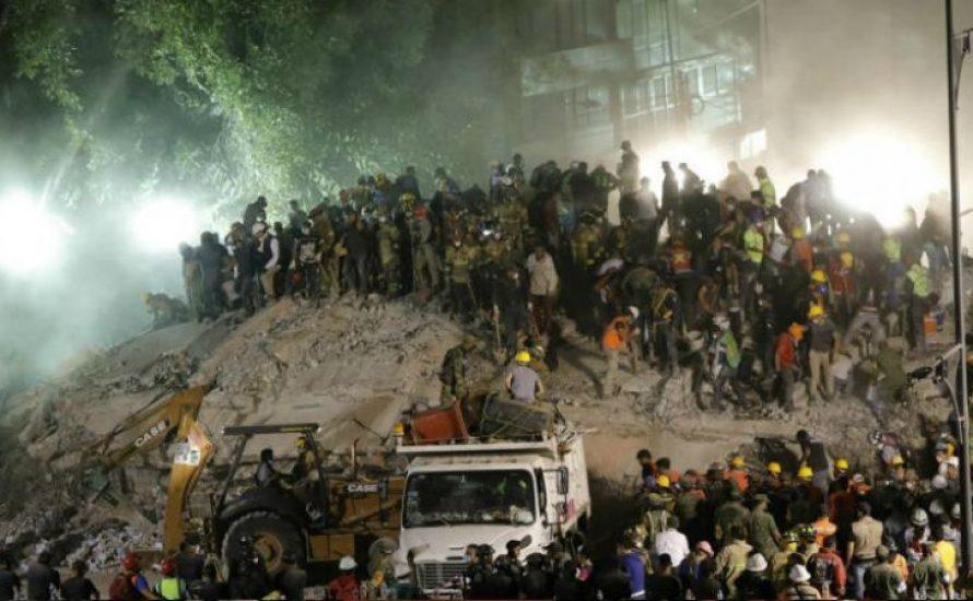 Erdbeben und Kommunismus
