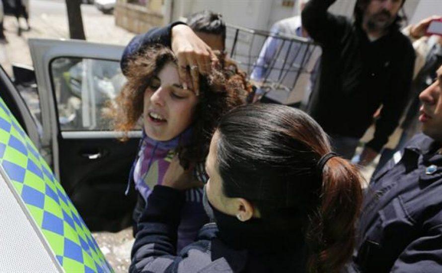 Wahlen in Argentinien: Linke Kandidat*innen kurzzeitig festgenommen