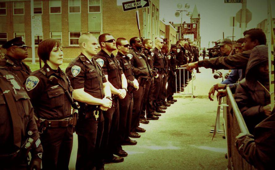 Rede aus den USA:  Keine Bullen in unserer Gewerkschaft!
