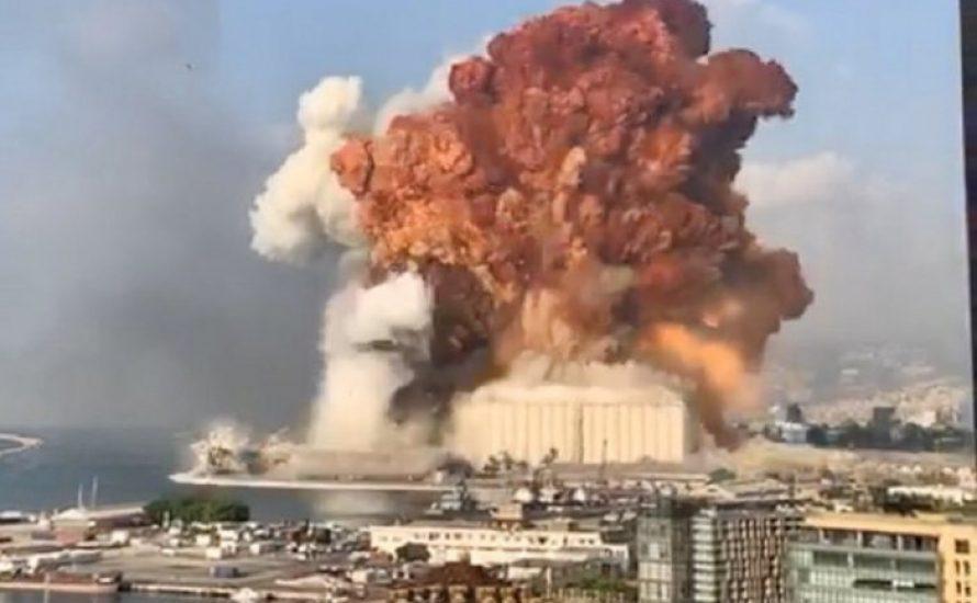 Starke Explosion am Hafen von Beirut im Libanon