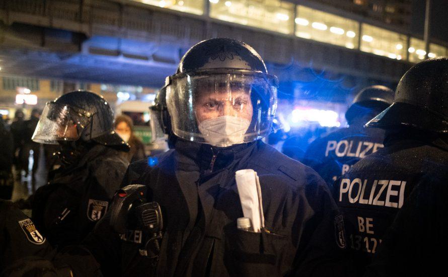 """Betroffene berichten von der Polizeigewalt am vergangenen Donnerstag: """"So sieht also ein 'friedlicher Protest' aus"""""""