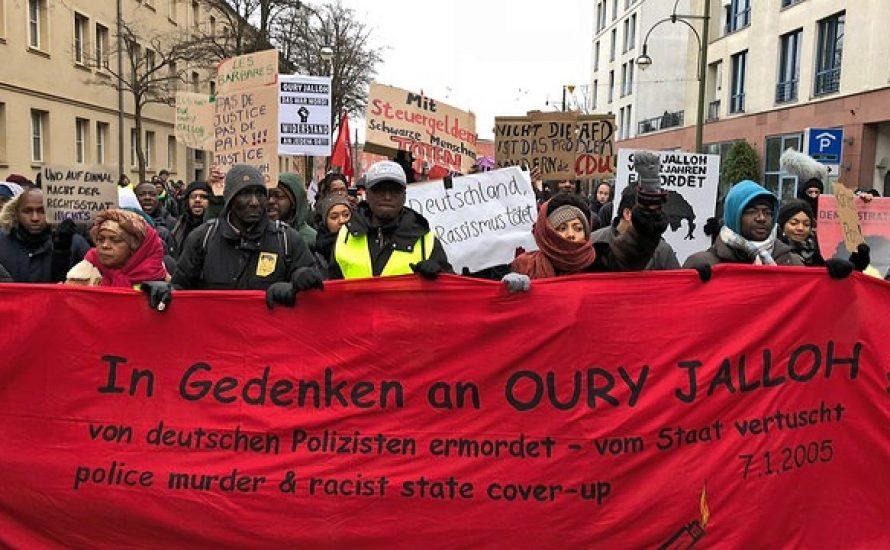 Dessau: Tausende fordern Gerechtigkeit für Oury Jalloh