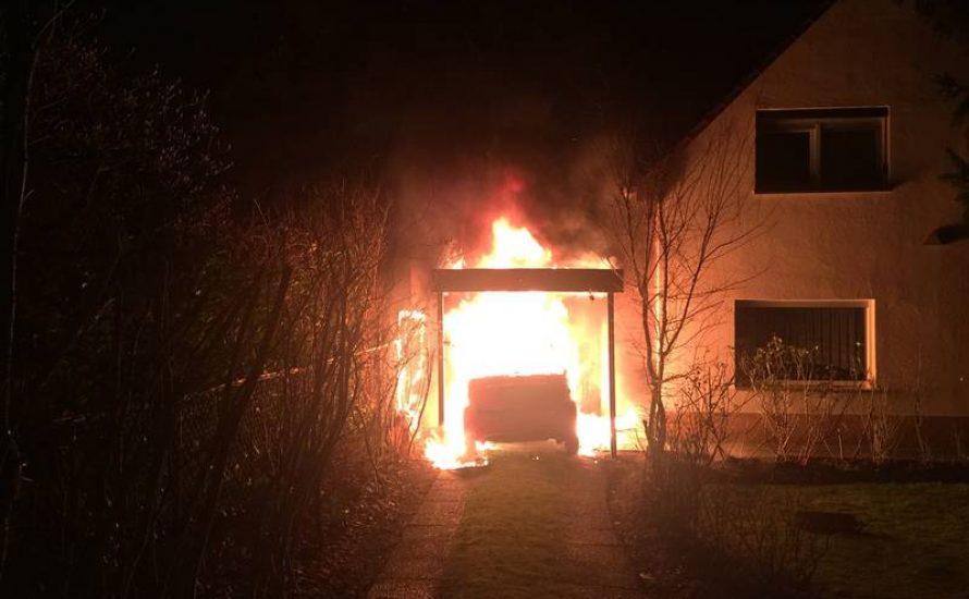Nazi-Terror in Neukölln: Brandanschläge gegen zwei Aktivisten
