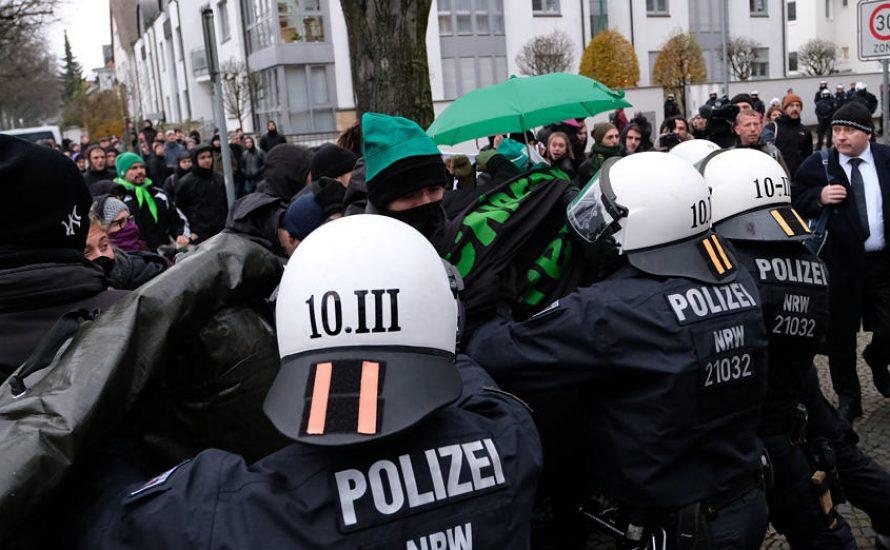 Polizei greift Gewerkschafter*innen an – warum dürfen sich Polizist*innen in unseren Gewerkschaften organisieren?