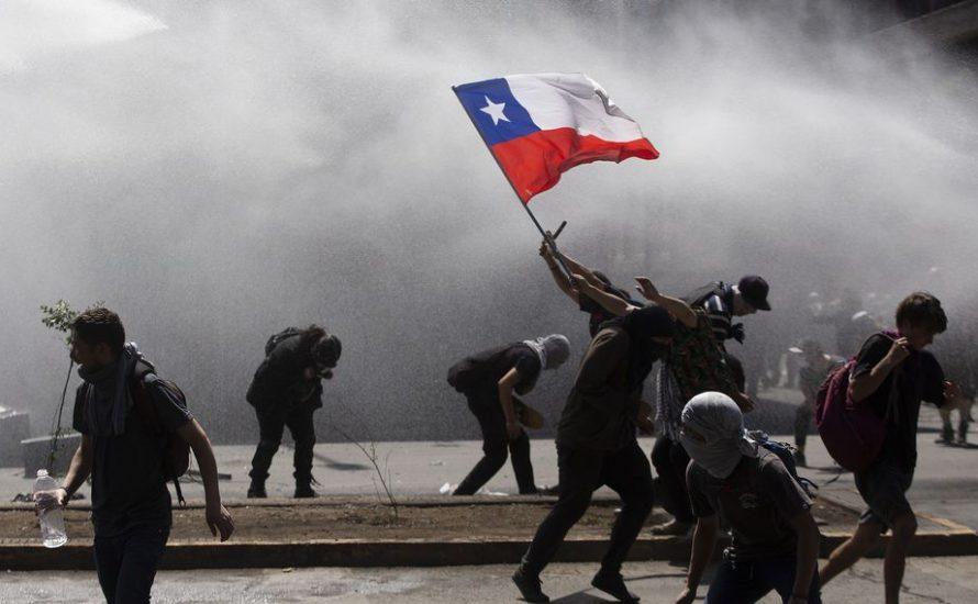 [Liveticker] Chile brennt, die Massen fordern den Sturz der Regierung