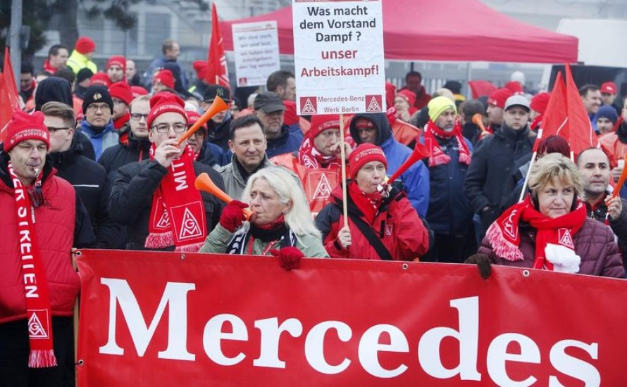 24-Stunden Streiks auch in Berlin: Bei Mercedes, BMW und Schnellecke stoppt am Freitag die Produktion