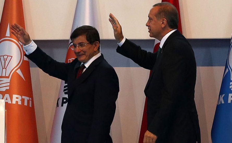 Erdoğan putscht Davutoğlu aus dem Ministerpräsidentenamt