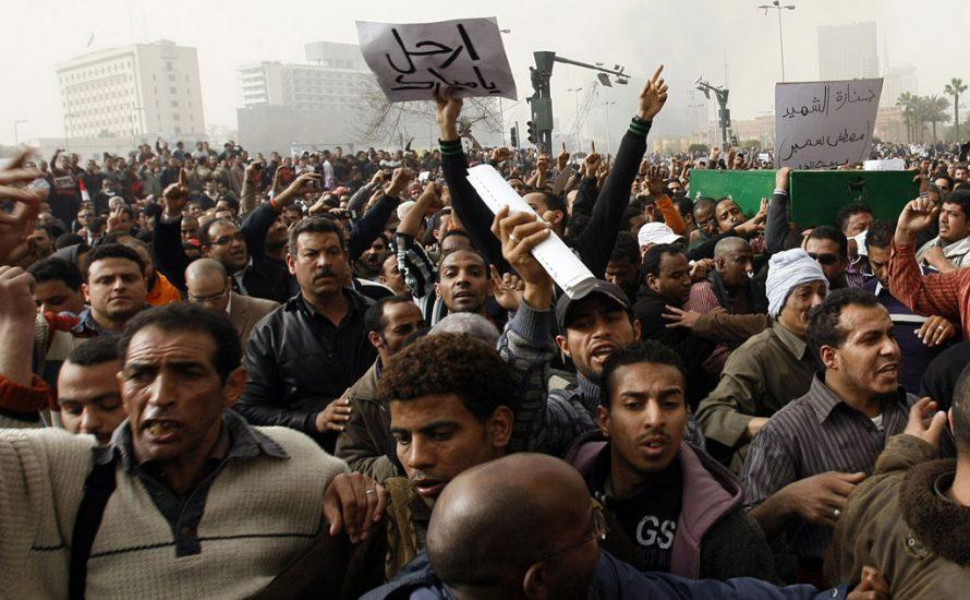Solidarität mit den den Massen Ägyptens im Kampf!