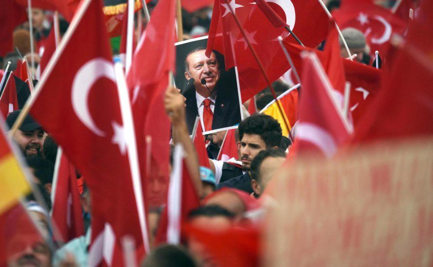 Um Erdoğan zu bekämpfen, müssen wir uns gegen die Bundesregierung stellen