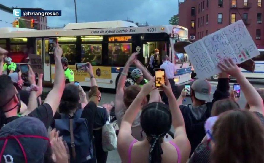 New Yorker Busfahrer*innen weigern sich verhaftete Demonstrant*innen abzutransportieren