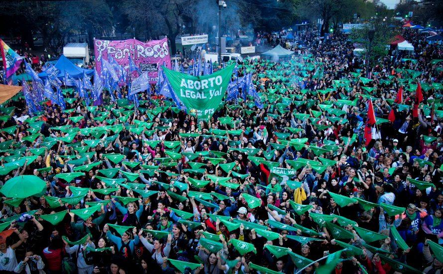 Argentinien: 500.000 bei größtem feministischen Treffen Lateinamerikas