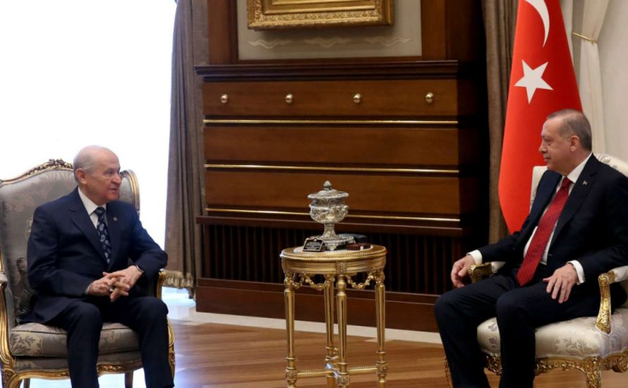 Türkei: Warum der Bonaparte Erdogan die Wahlen vorzieht