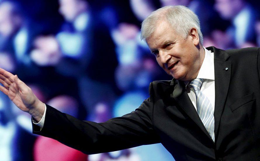 """Wer hat Angst vor Sigmar Gabriels Kommunismus? CSU und AfD zittern vor """"Linksfront"""""""
