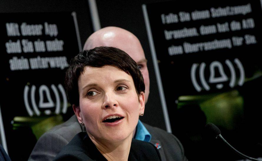 Die neue App der AfD: Rechte Selbstjustiz für Unterwegs