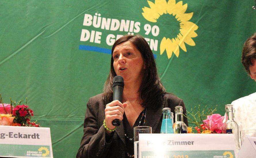 """Göring-Eckart fordert Bundeswehreinsätze ohne UN-Mandat – Grüne """"nie eine pazifistische Partei gewesen."""""""