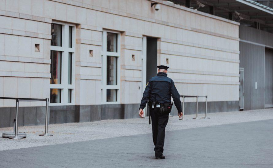"""""""Gewerkschaft"""" der Polizei für Diskriminierung!"""