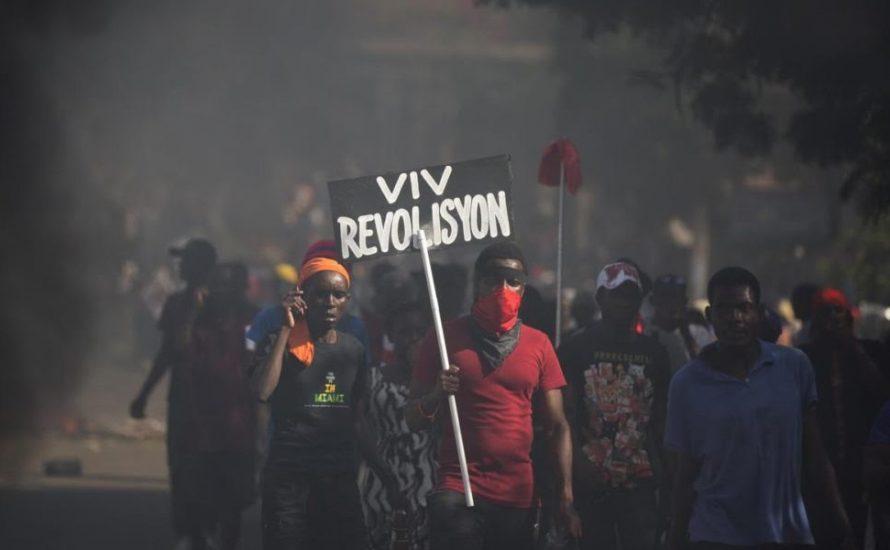 Proteste, Generalstreik und ein Präsident, der sich weigert zurückzutreten: Die Krise in Haiti