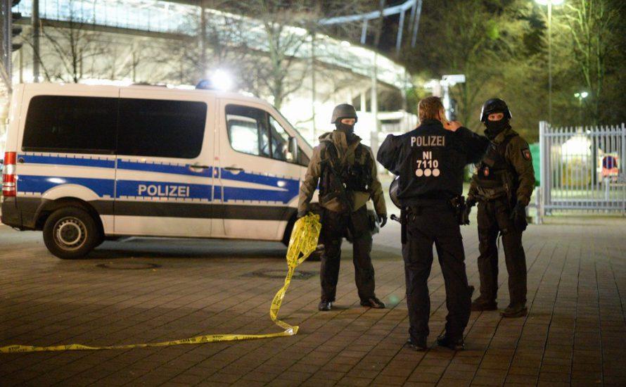 Hannover: Gewehre statt Fußball