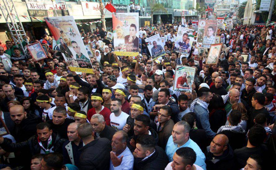 Massenhafter Hungerstreik in israelischen Gefängnissen