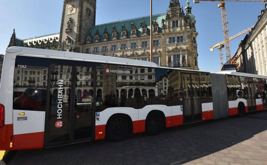 Warum dürfen G20-Gegner*innen nicht Bus fahren?