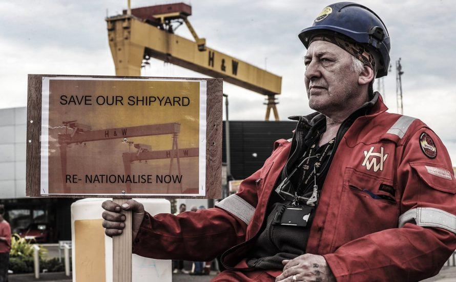 #WorkersStrikeforFuture: Arbeiter aus Nordirland besetzen eine Werft und wollen sie für erneuerbare Energien nutzen