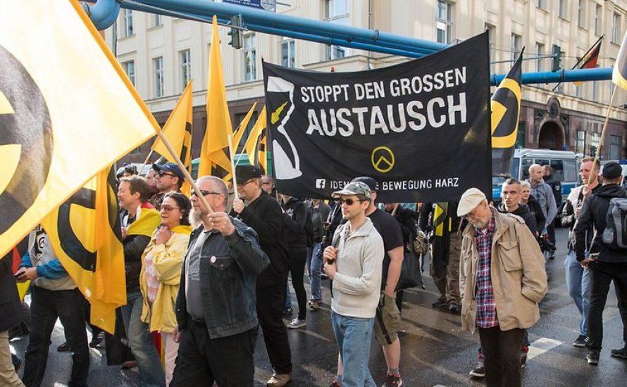 Jutebeutel, tumblr-Blogs und defend europe - was ist die Identitäre Bewegung?