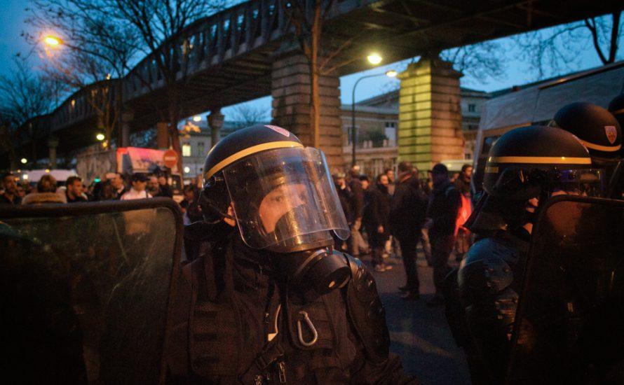 [Fotogalerie] Paris: Polizeirepression bei Demonstration für Théo