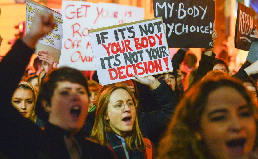 Abtreibungs-Referendum: Werden Frauen in Irland bald selbst über ihre Körper bestimmen dürfen?