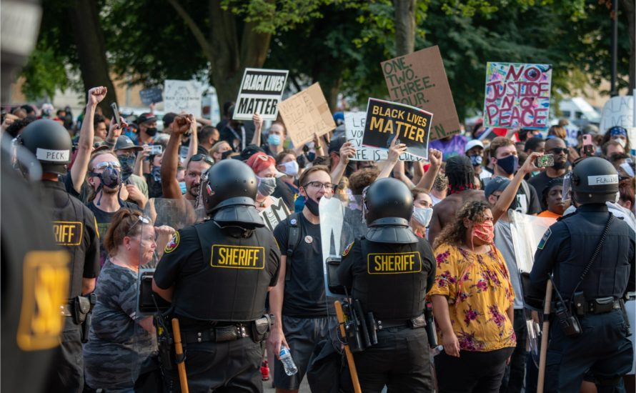 USA: Keine Anklage für die Polizist:innen, die auf Jacob Blake schossen