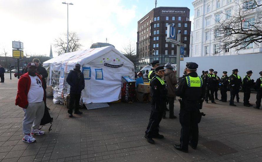 Polizei räumt Lampedusa-Zelt: Gegen Repression unter Corona Vorwand!
