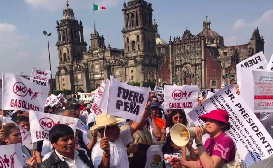 Warum treiben die Benzinpreise die Mexikaner*innen auf die Straße? [mit Video]