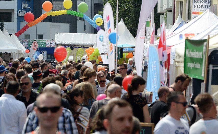 Motzstraßenfest: Bullen, Konzerne und Reaktion unter dem Regenbogen