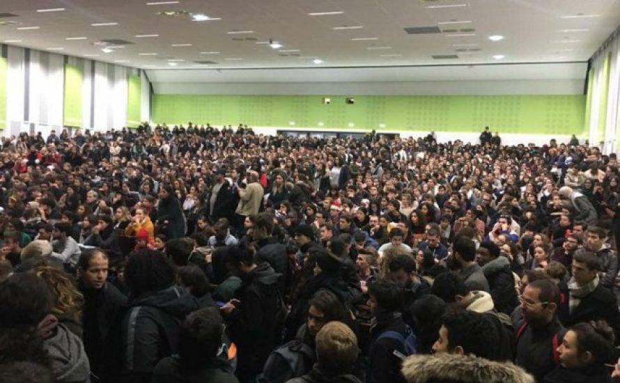 Studierende proben den Aufstand – Steht Frankreich vor einem neuen '68?