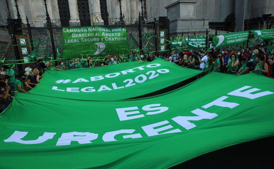 Argentinisches Parlament stimmt über die Legalisierung der Abtreibung ab