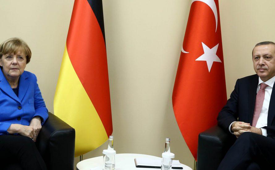 Merkels Pakt mit dem Teufel: Krise überwunden?