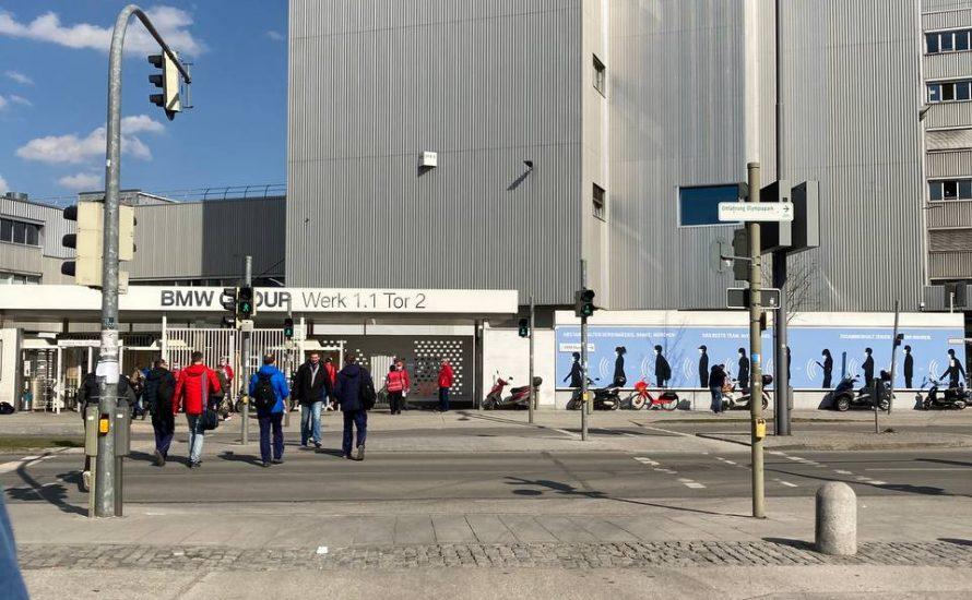 Warnstreik bei BMW in Bayern: Solidarität von Beschäftigten und Studierenden
