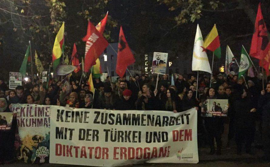 Bundesregierung lässt kurdische Frauen und Jugendliche verfolgen