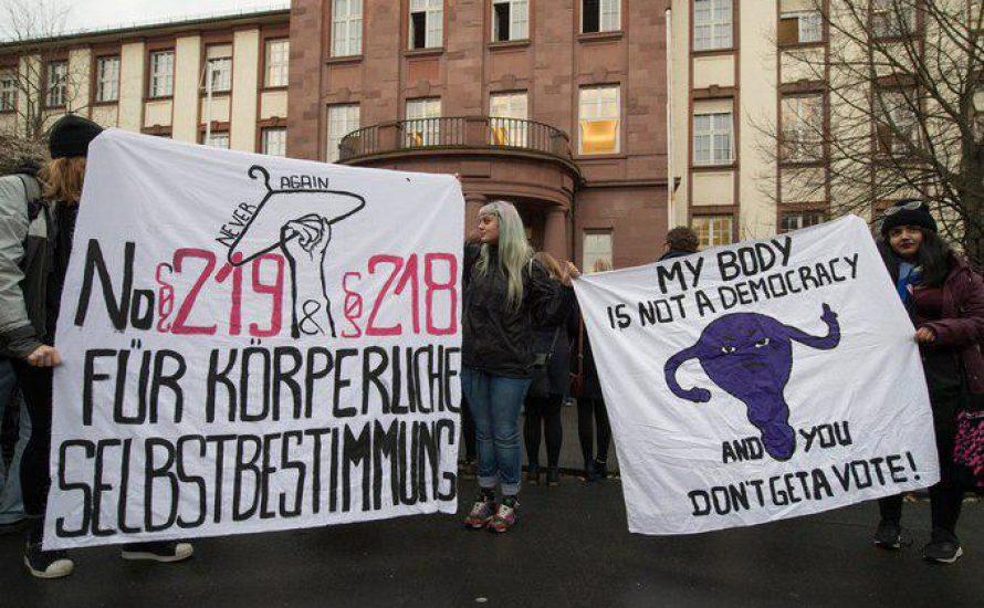 Demo nach Urteil gegen Kristina Hänel: