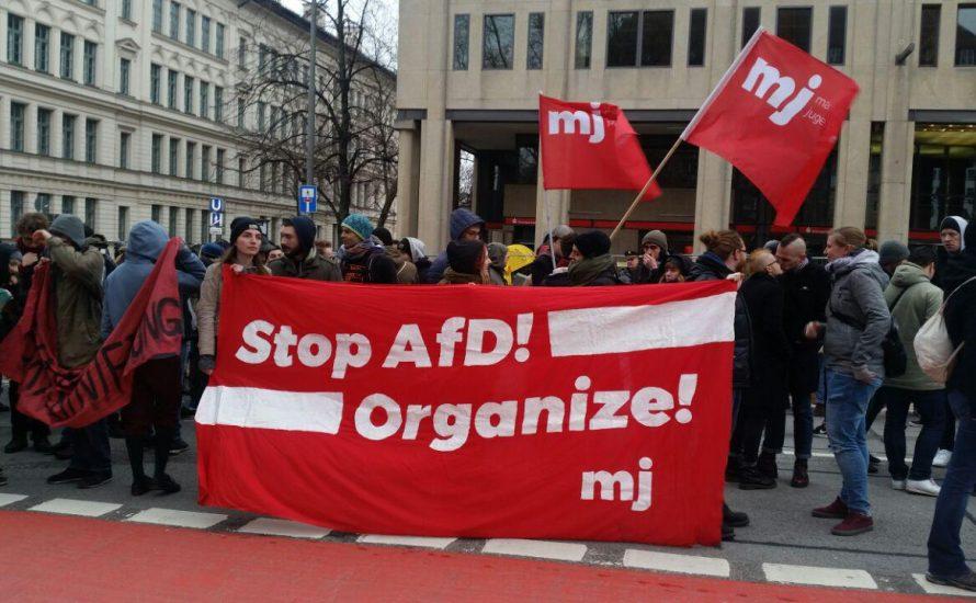 Demo in München: Nach 13 Jahren endlich Gerechtigkeit für Oury Jalloh!