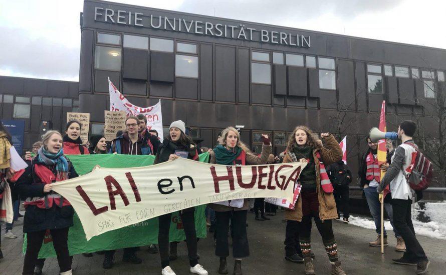 TVStud: Streikende an der FU demonstrieren durch die Uni [Fotos und Video]